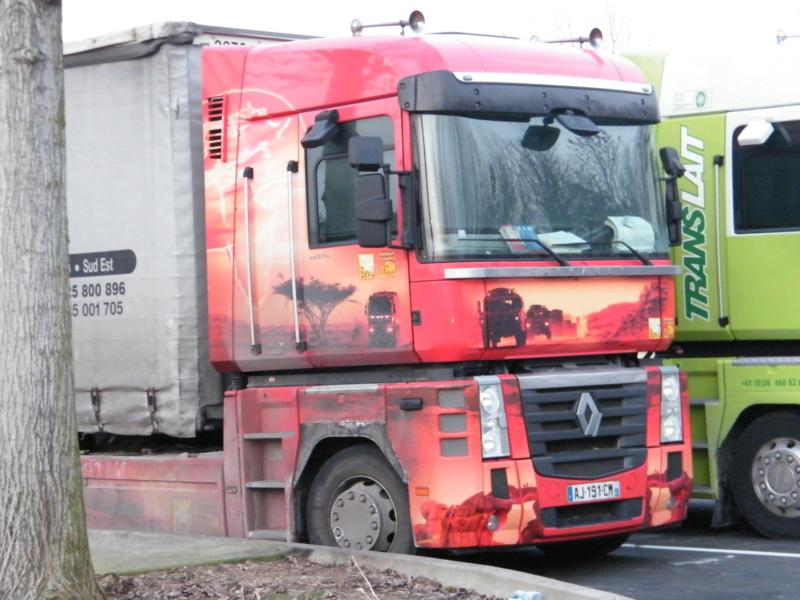 les beaux Camions !!!! Dscf5712