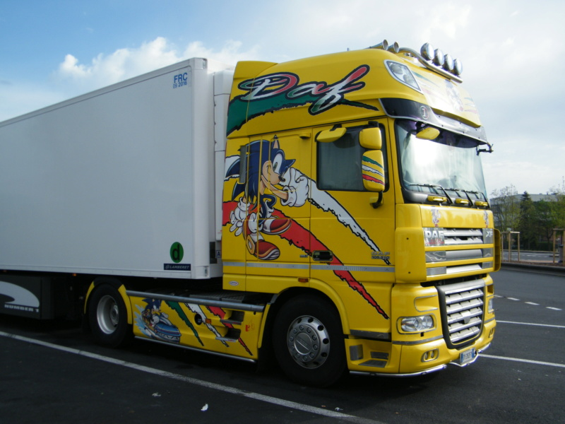 les beaux Camions !!!! Dscf6734