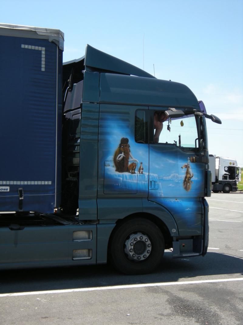 les beaux Camions !!!! Dscn0625