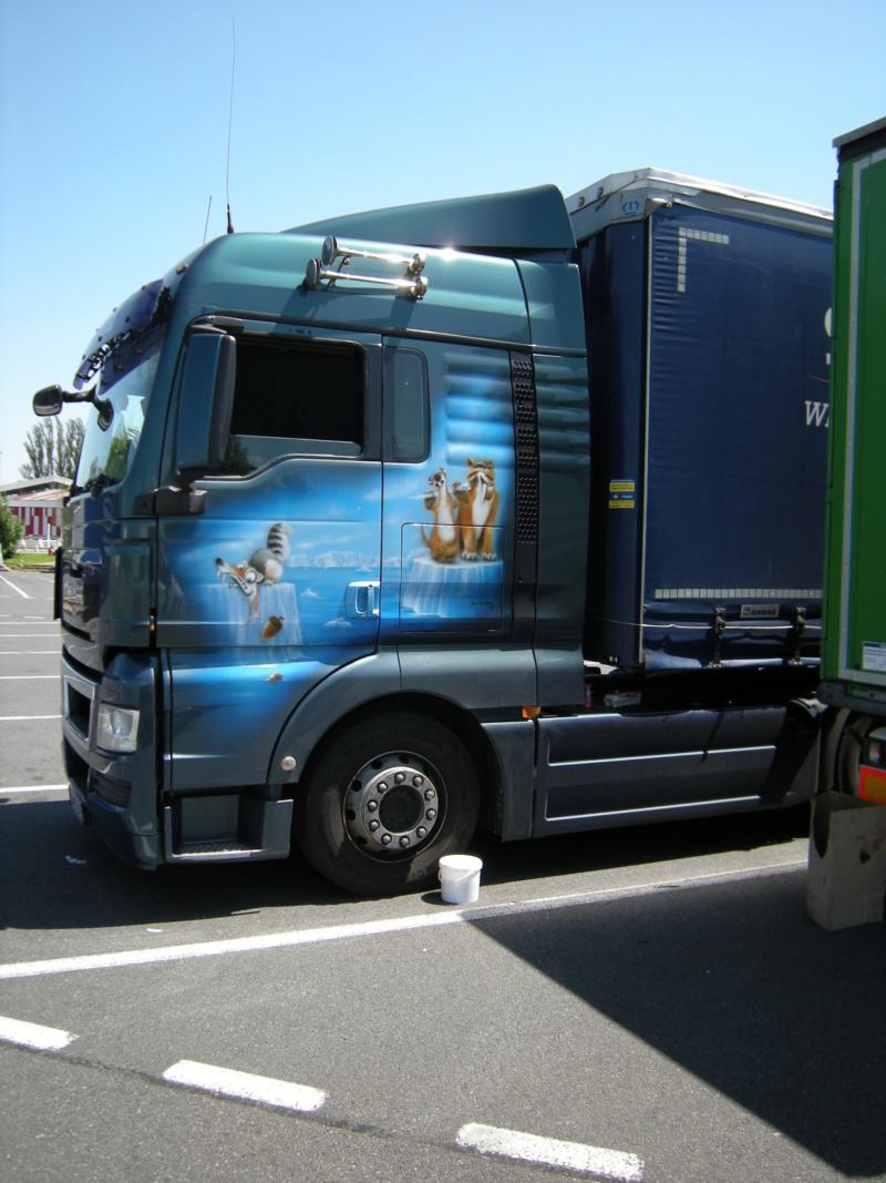 les beaux Camions !!!! Dscn0626