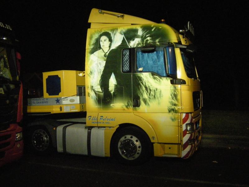 les beaux Camions !!!! Dscn1621
