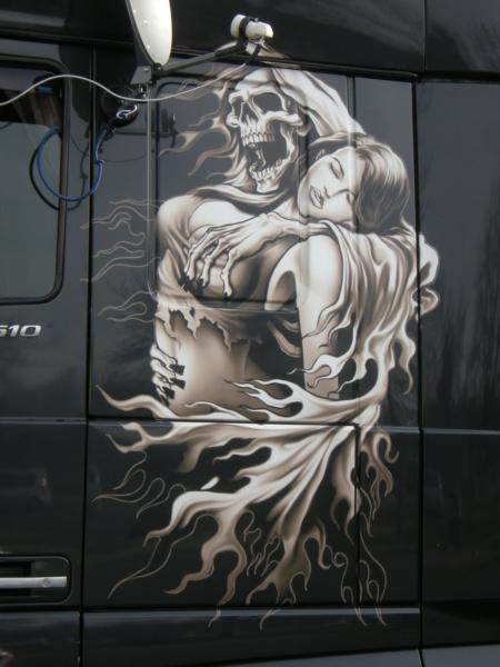 les beaux Camions !!!! Dscn4032