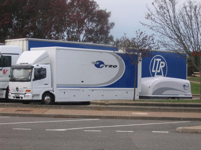 les beaux Camions !!!! Img_0010