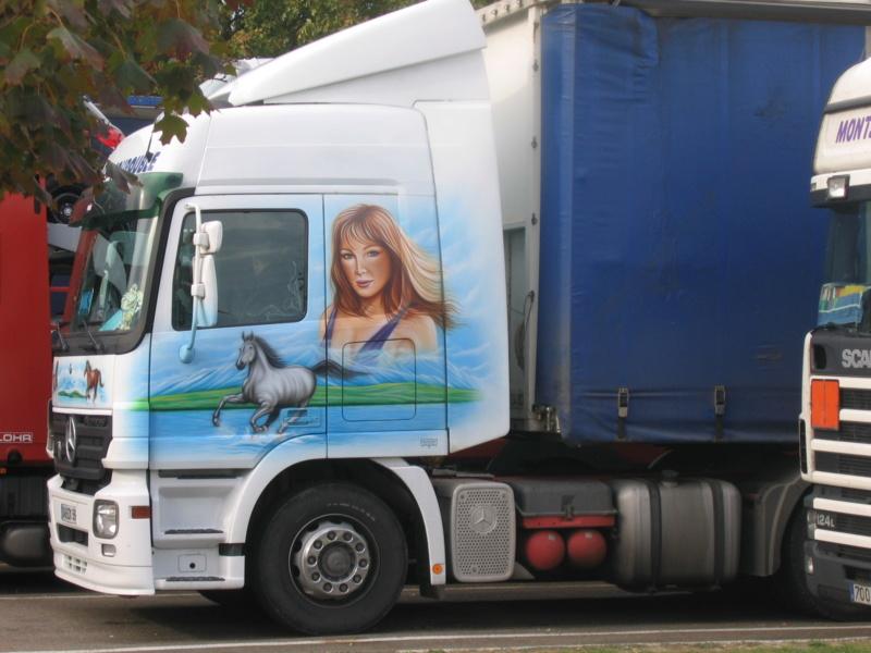 les beaux Camions !!!! Img_0011