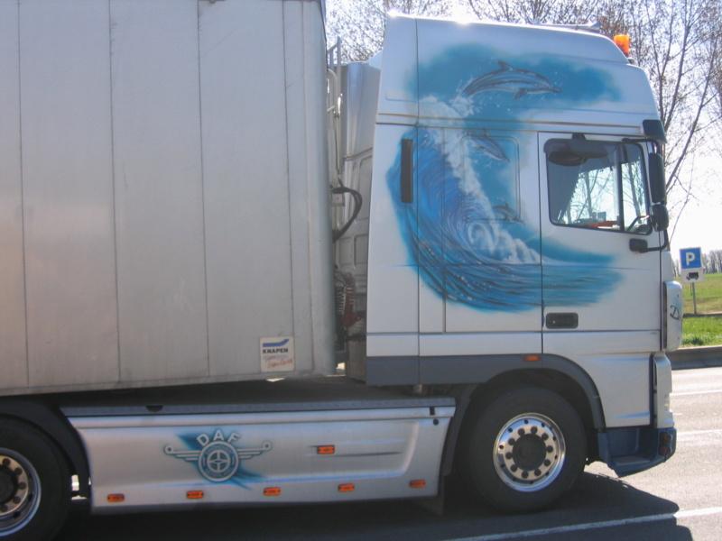 les beaux Camions !!!! Img_2110