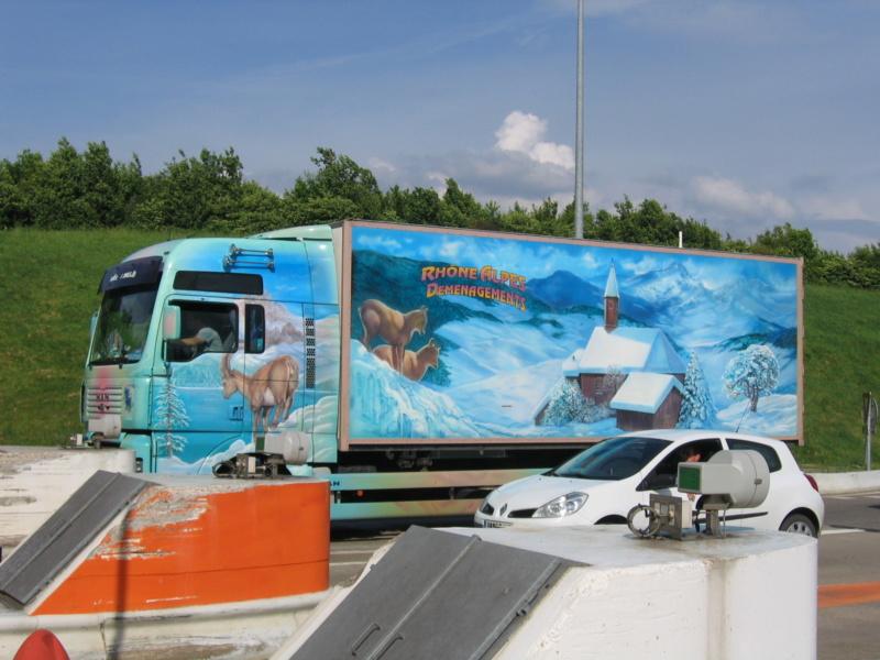 les beaux Camions !!!! Img_6212