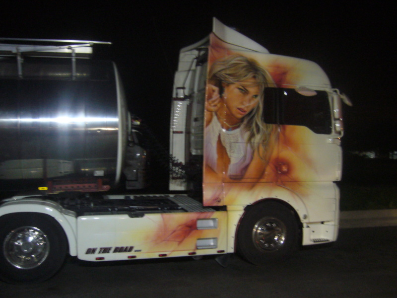 les beaux Camions !!!! P1070310