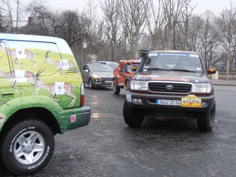 22ème Rallye Aïcha des Gazelles N°213 à surveiller P3170026