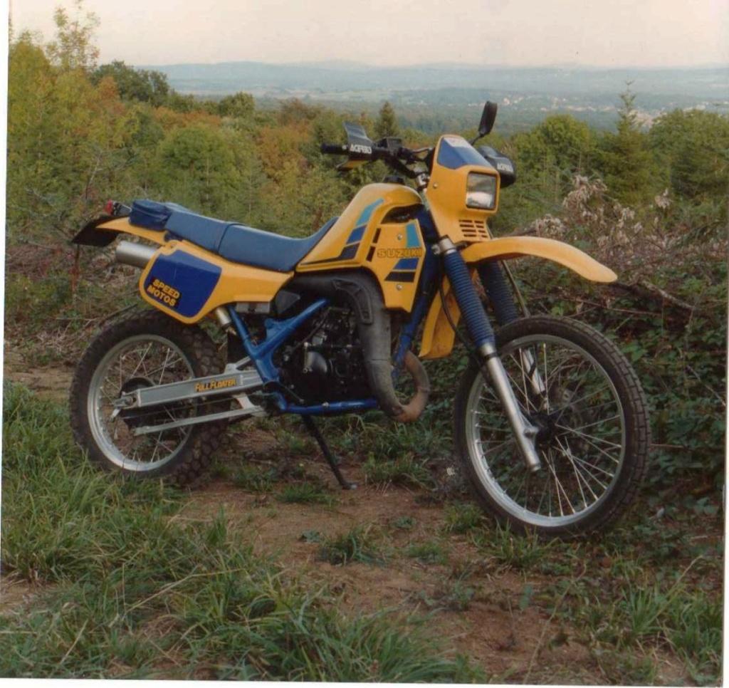 Benelli 400 Imperiale : la motocyclette. - Page 2 20_210