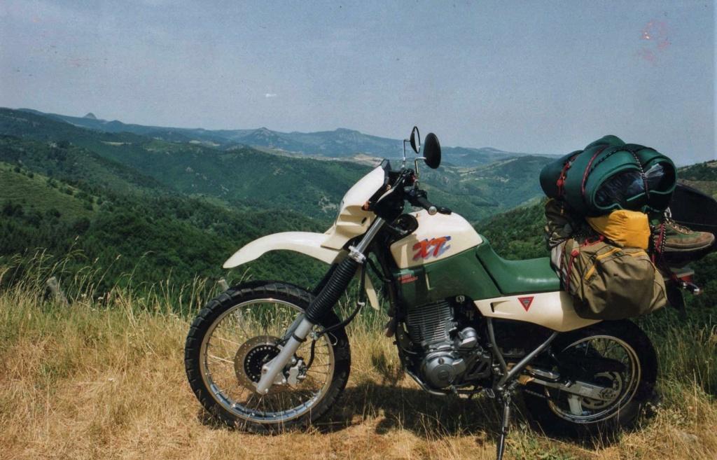 Benelli 400 Imperiale : la motocyclette. - Page 2 33_211