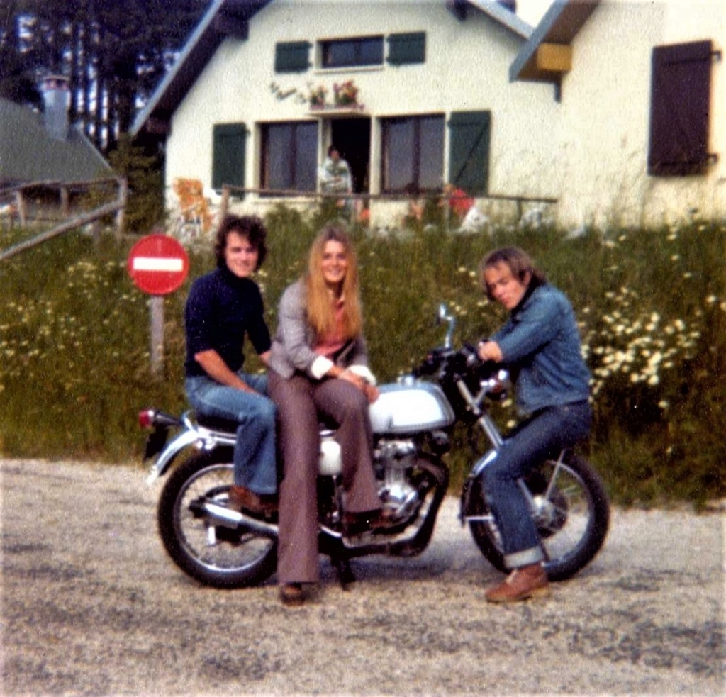 archive INA salon de la moto 1972 Img84410