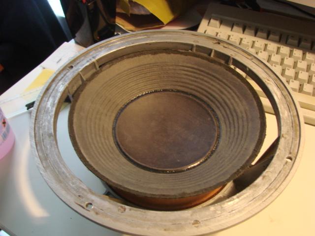 Récupération et grosse remise en état d'une paire de L36. Boomer11