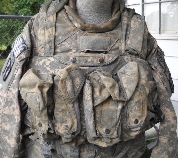 Black Ops Corporation ACU chest rig 04010
