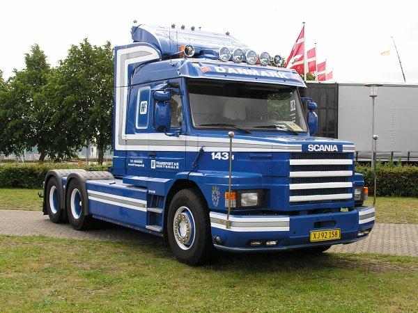 Camions du forum echelle 1 - Page 4 30359510