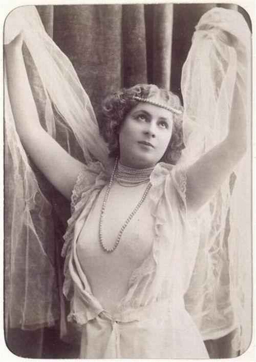 """Théâtre à Brasparts : """"Hortense a dit : Je m'en fous ..."""" Armand10"""