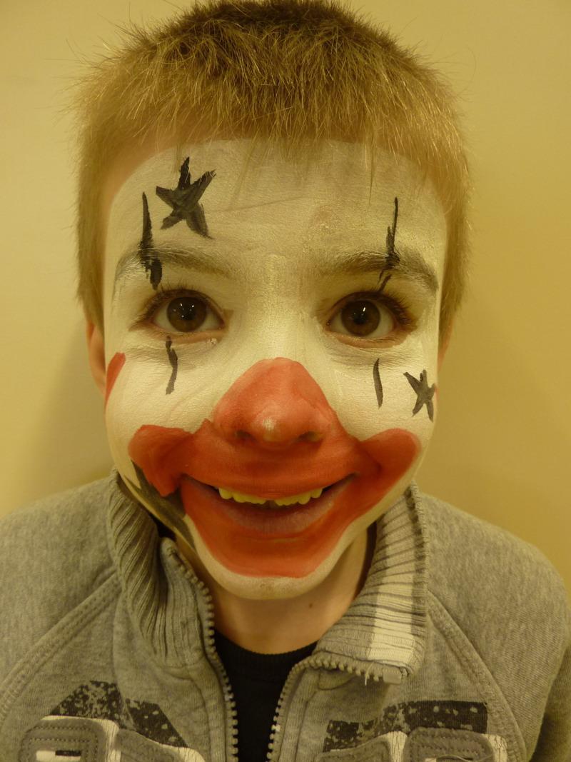 Spectacle de cirque à l'école Lazennec Cirque10