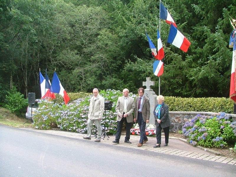 Commémoration 2011 des combats de la Libération D-pot_10