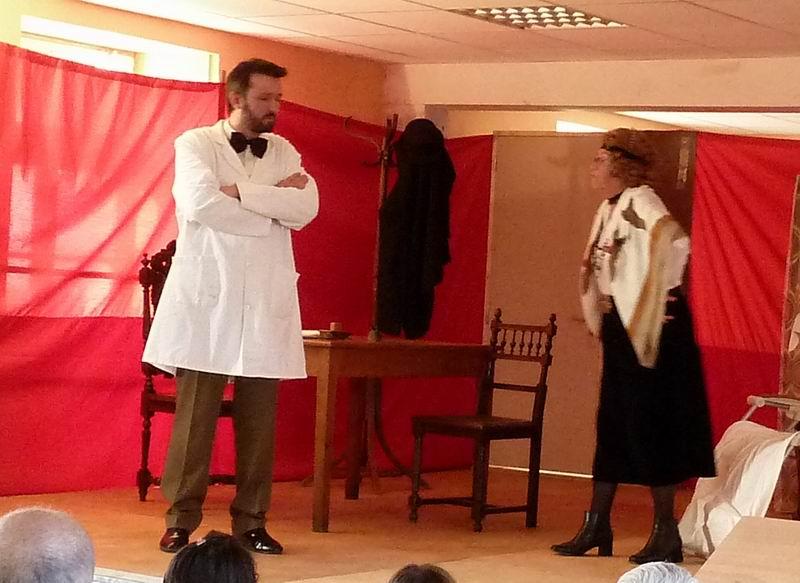 """Théâtre à Brasparts : """"Hortense a dit : Je m'en fous ..."""" P1000214"""