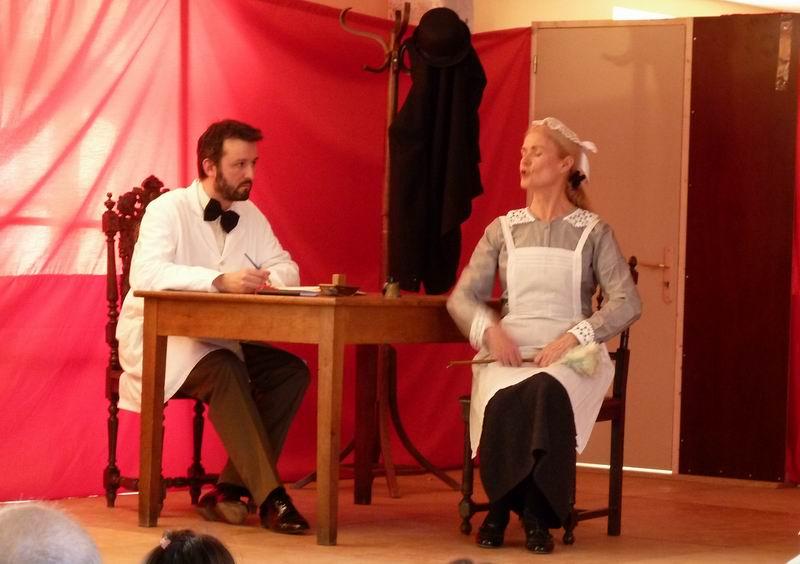 """Théâtre à Brasparts : """"Hortense a dit : Je m'en fous ..."""" P1000218"""
