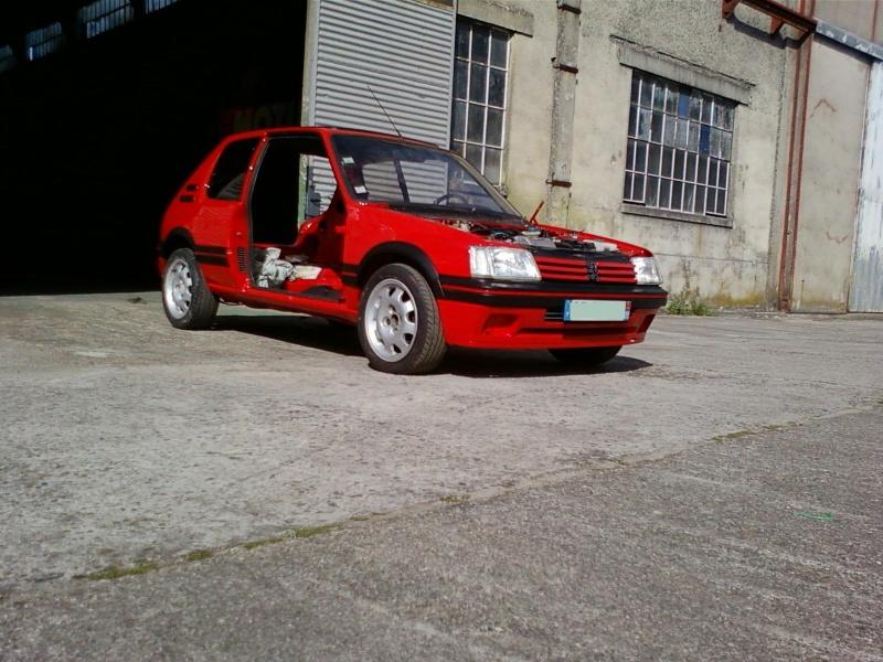 [ptitcheche33] 205 GTI 1.6L 115cv Rouge Vallelunga 1987 205_gt34