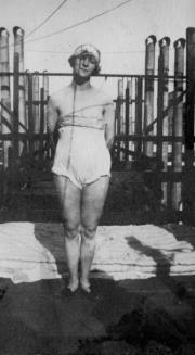 Gertrude Stein Alice_10