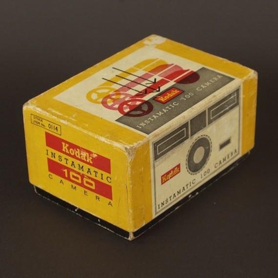 Premier appareil photo Instamatic Boitec10