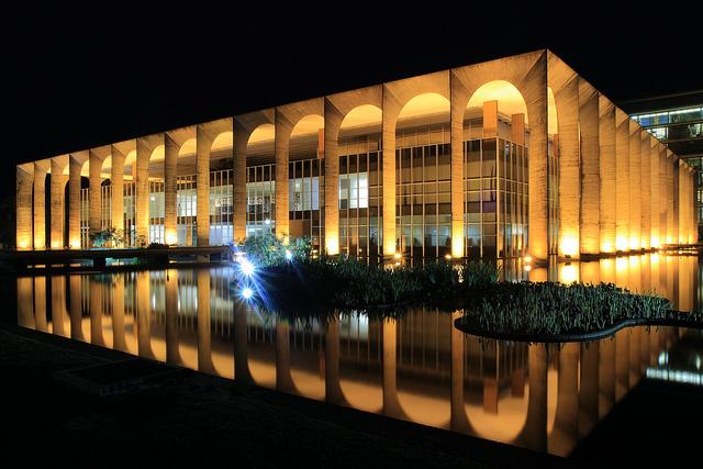 Décès d'Oscar Niemeyer Itamar10