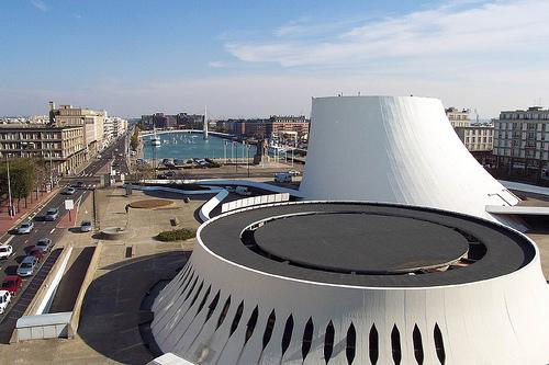 Décès d'Oscar Niemeyer Le-vol11