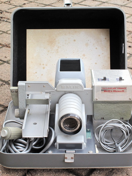 Premier appareil photo Instamatic Mlaik810