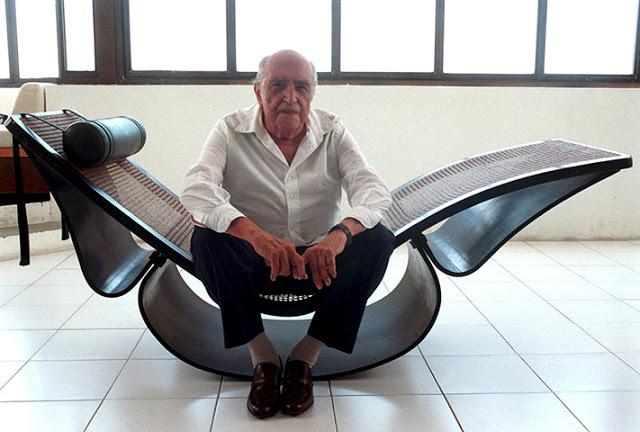Décès d'Oscar Niemeyer Niemey13