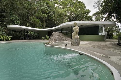 Décès d'Oscar Niemeyer Samais10