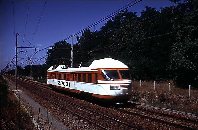 Samedi 15 octobre 2011 - en 1971 252km/h avec un TurboTrain Z7001z10