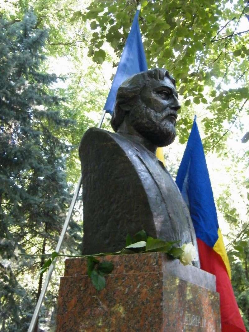 LIMBA NOASTRĂ CEA ROMÂNĂ Chişinău-31 august 2011 si Cernăuţi 10 sept 2011 31-aug13