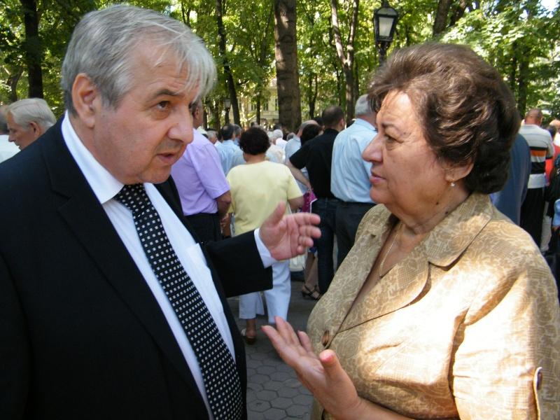 LIMBA NOASTRĂ CEA ROMÂNĂ Chişinău-31 august 2011 si Cernăuţi 10 sept 2011 31-aug22
