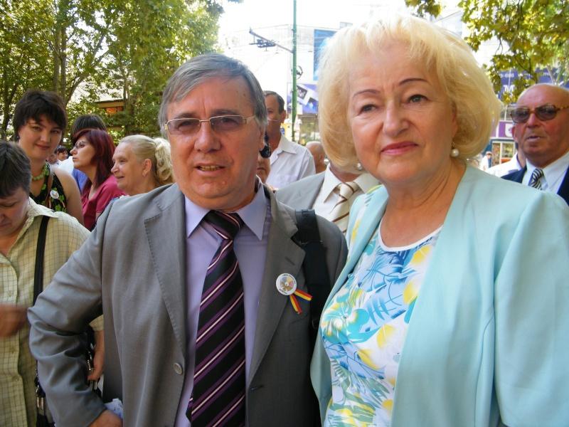 LIMBA NOASTRĂ CEA ROMÂNĂ Chişinău-31 august 2011 si Cernăuţi 10 sept 2011 31-aug23