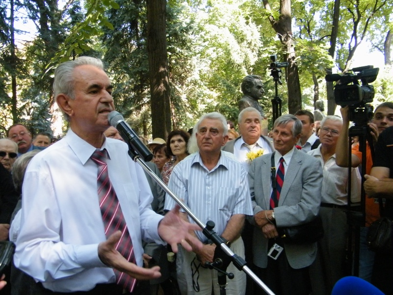 LIMBA NOASTRĂ CEA ROMÂNĂ Chişinău-31 august 2011 si Cernăuţi 10 sept 2011 31-aug32