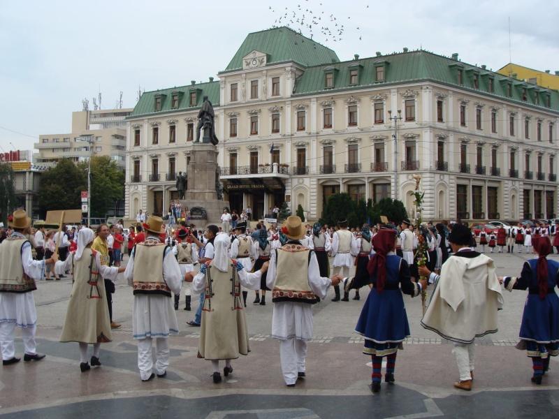 """A XVII-a editie a Festivalului de Folclor pentru Copii si Tineret """"Catalina""""-Iasi -02/03 sept 2011 311"""