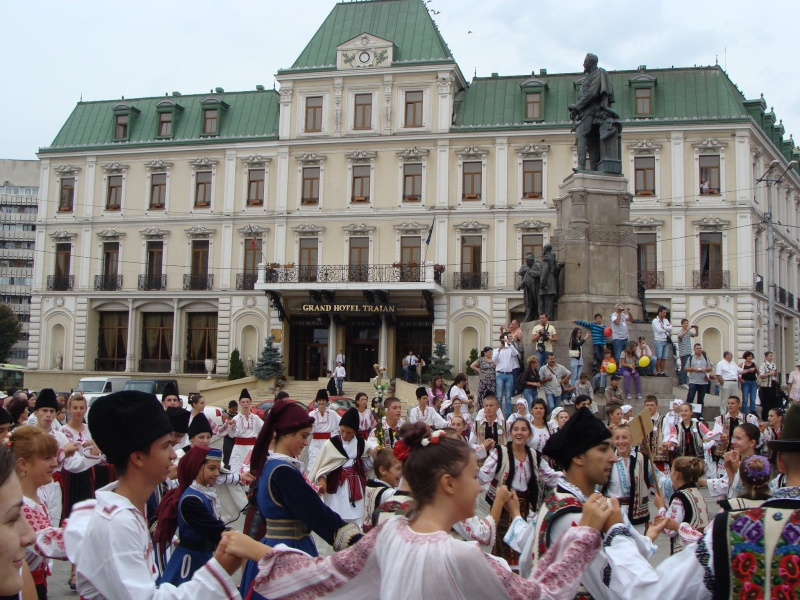 """A XVII-a editie a Festivalului de Folclor pentru Copii si Tineret """"Catalina""""-Iasi -02/03 sept 2011 610"""