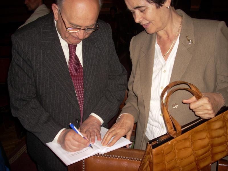 Toamna Artelor la Universitatea Apollonia-Iasi 10 oct /28 oct 2011- George FOCA RODI Apolon19