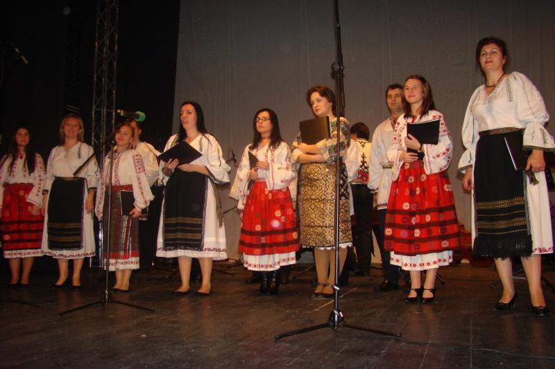 Spectacol de muzică populară dedicat Micii Uniri -25 ian 2012 Ateneu45