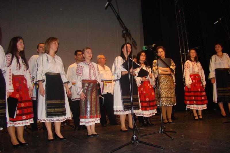 Spectacol de muzică populară dedicat Micii Uniri -25 ian 2012 Ateneu47