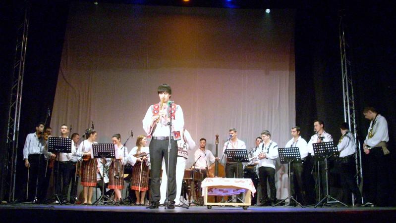 Spectacol de muzică populară dedicat Micii Uniri -25 ian 2012 Ateneu50
