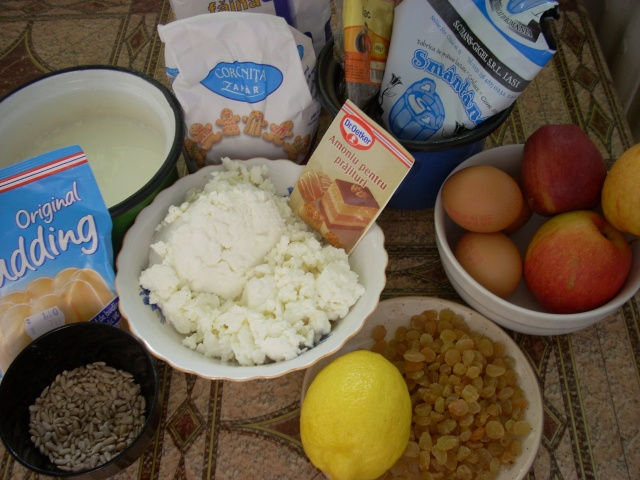 Dulciuri rapide,prajituri de frupt si de post si alte deserturi traditionale Bucata11