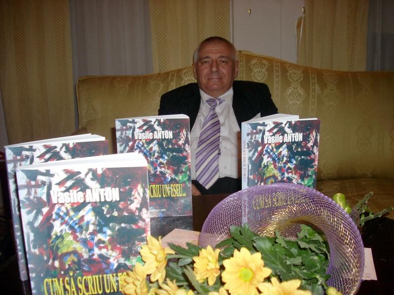 Şedinţa a XVIII-a Cenaclului U.P.-Lansare de carte-Vasile Anton-28 oct 2011 Cenacl12