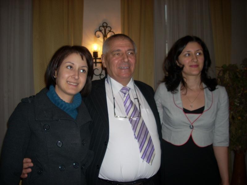 Şedinţa a XVIII-a Cenaclului U.P.-Lansare de carte-Vasile Anton-28 oct 2011 Cenacl21