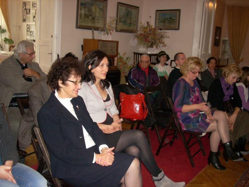 Şedinţa a XVIII-a Cenaclului U.P.-Lansare de carte-Vasile Anton-28 oct 2011 Cenacl34