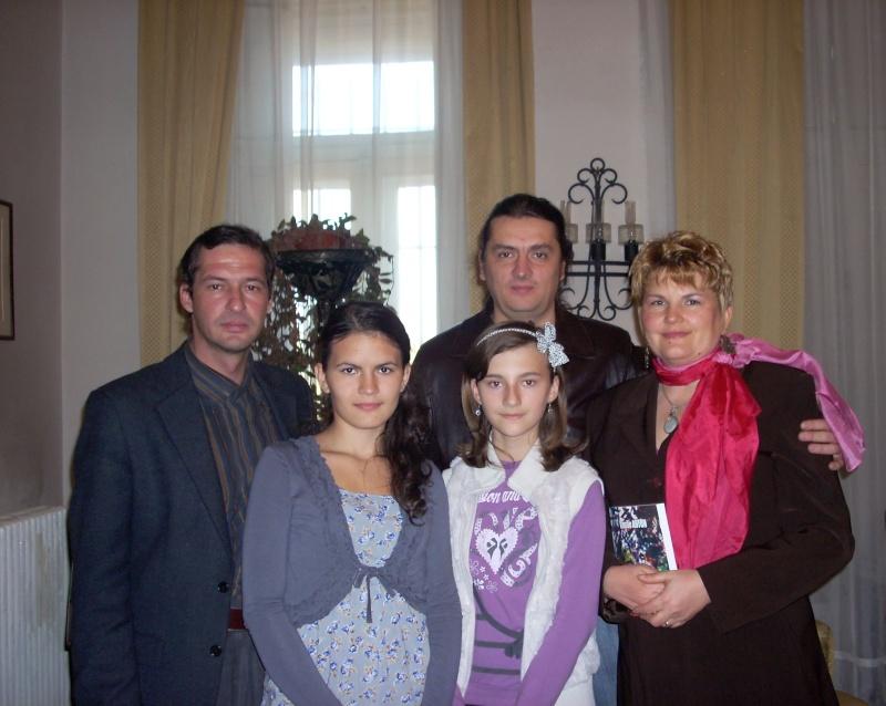 Şedinţa a XVIII-a Cenaclului U.P.-Lansare de carte-Vasile Anton-28 oct 2011 Cenacl35