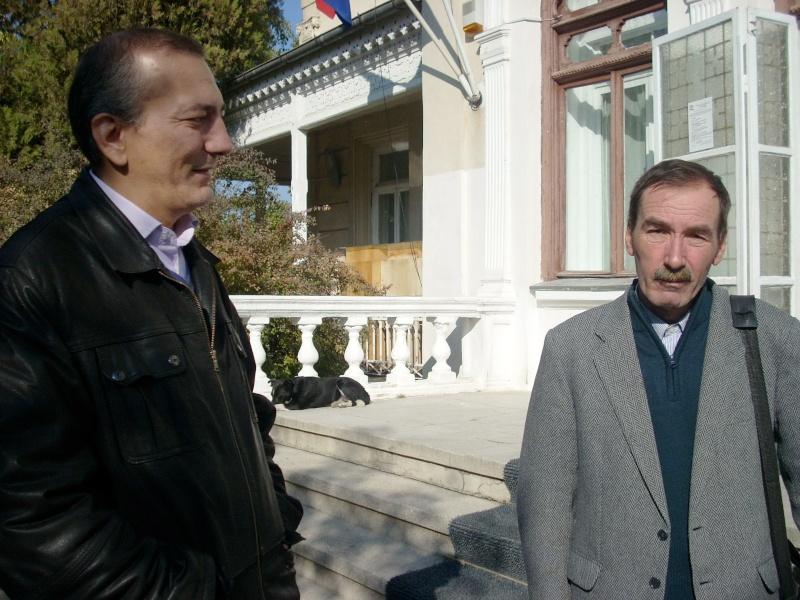 Şedinţa a XVIII-a Cenaclului U.P.-Lansare de carte-Vasile Anton-28 oct 2011 Cenacl41