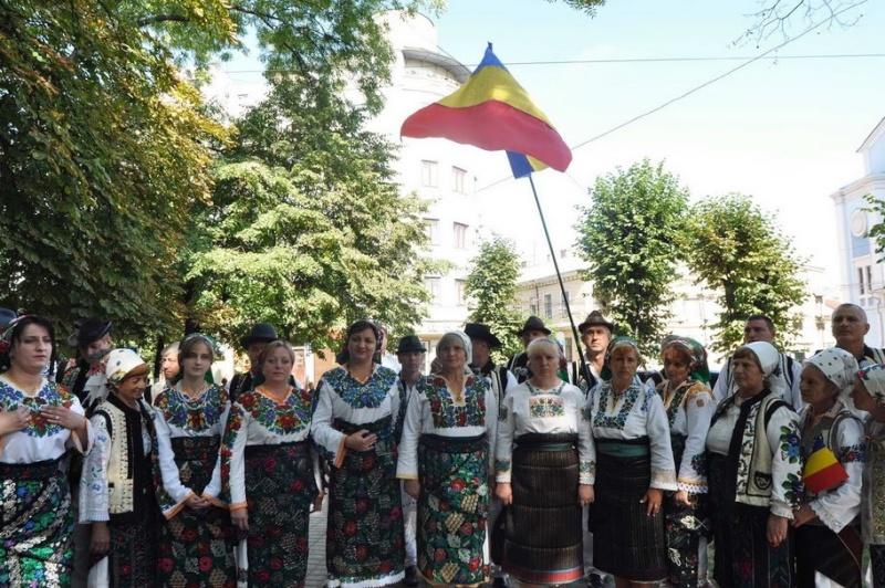 LIMBA NOASTRĂ CEA ROMÂNĂ Chişinău-31 august 2011 si Cernăuţi 10 sept 2011 Clip_123