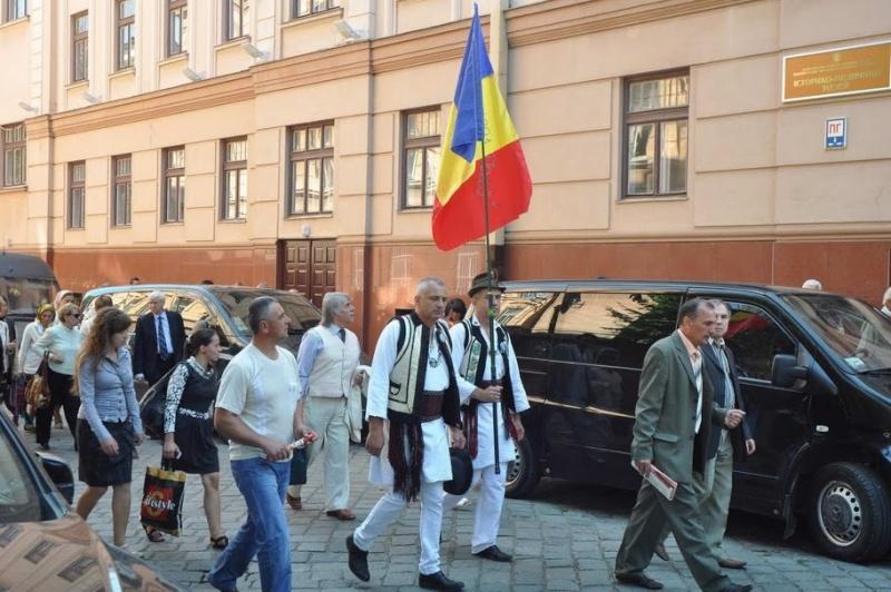 LIMBA NOASTRĂ CEA ROMÂNĂ Chişinău-31 august 2011 si Cernăuţi 10 sept 2011 Clip_124